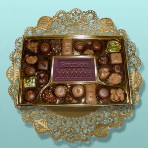 Reunion Card Chocolate Assortment
