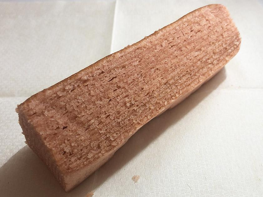 ピンク色のバウムクーヘン