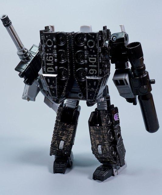 アースライズ メガトロン ロボットモード