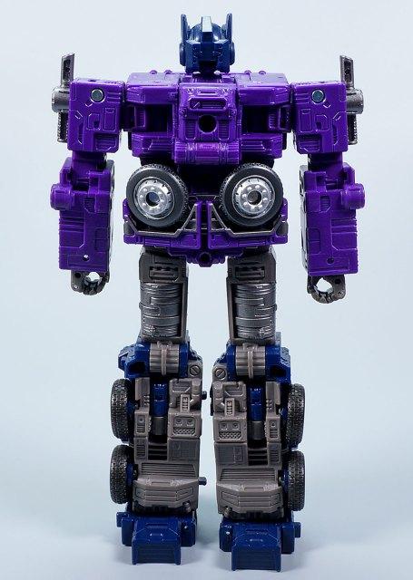 ジェネレーションズセレクト シャッタードグラス オプティマスプライム ロボットモード