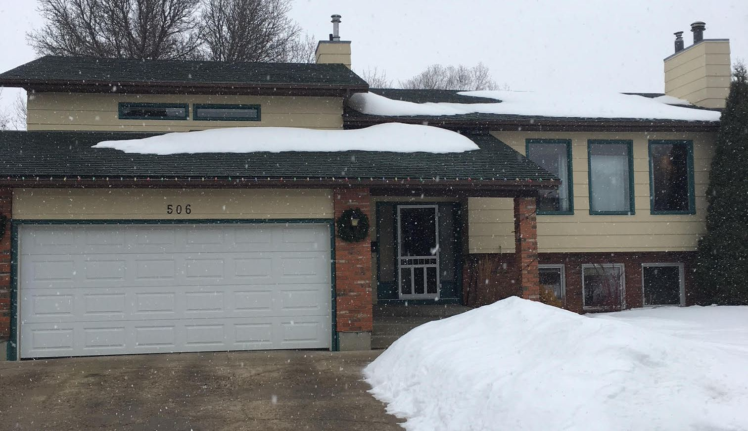 Well Maintained Bi-level in Silverwood Heights