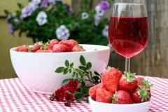 rosé fruits fraises