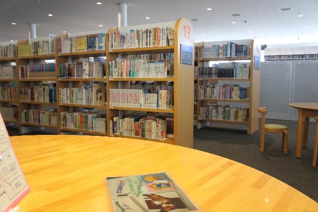 図書館で読む雑誌