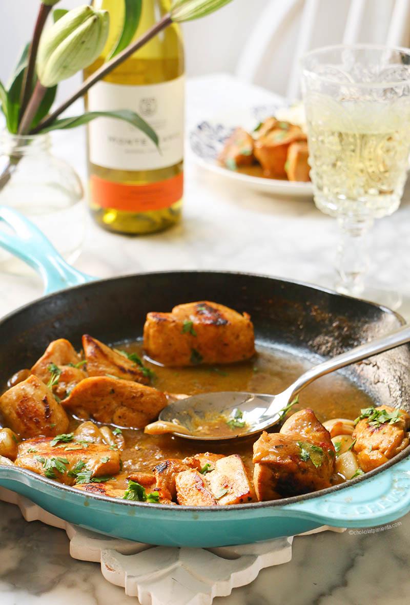 Pollo en salsa de ajo y chardonnay-5
