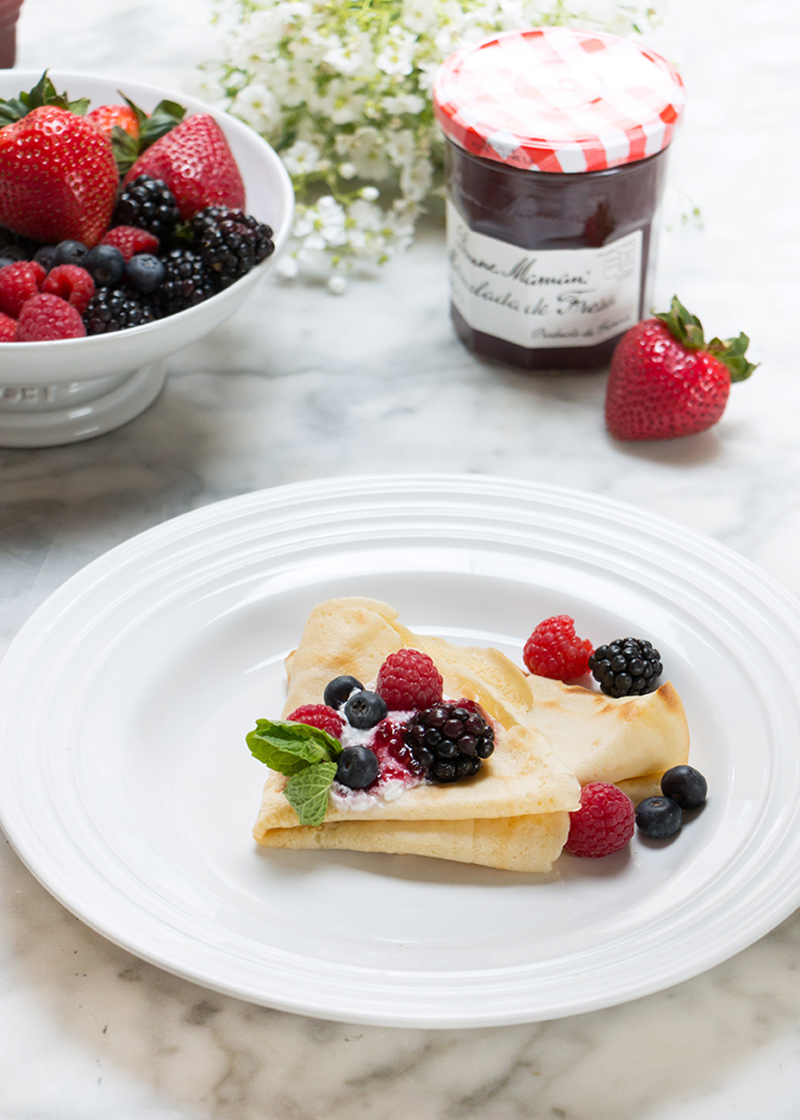 Fiesta de crepes mermelada blueberry