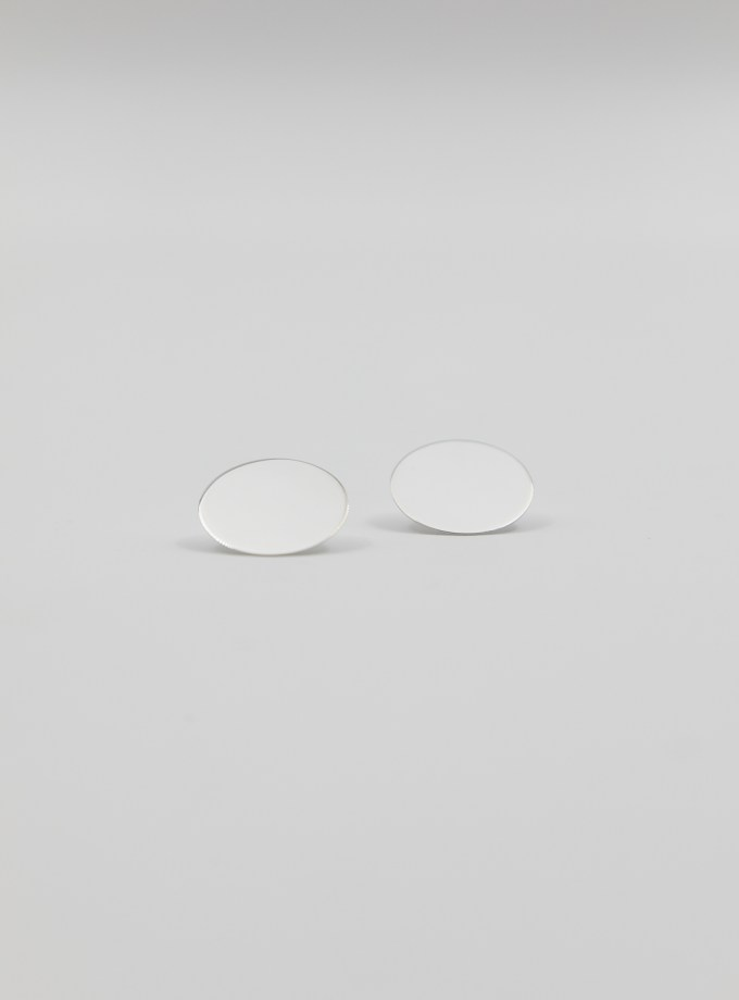 earring-circle-small-symmetrical-pair-in-silver
