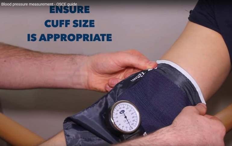 Đo huyết áp bước 1