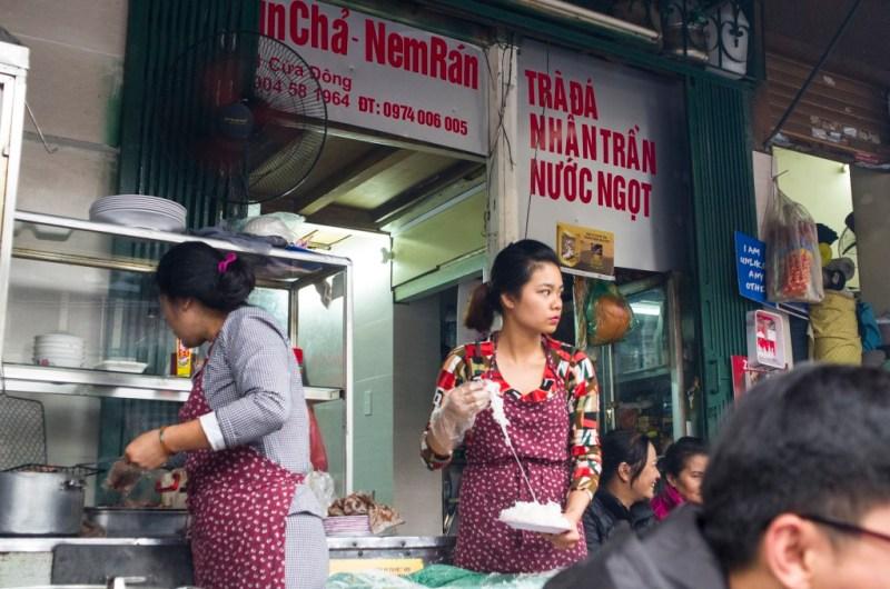 02 - 20170201.Bún-chả-Vietnamese-Grilled-Pork-Rice-Noodles_Resize-4-1.jpg