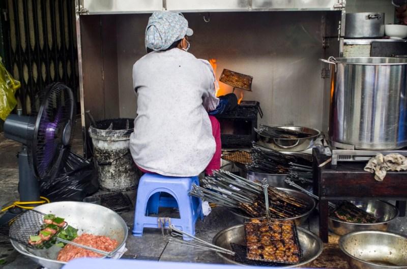 02 - 20170201.Bún-chả-Vietnamese-Grilled-Pork-Rice-Noodles_Resize-8-1.jpg