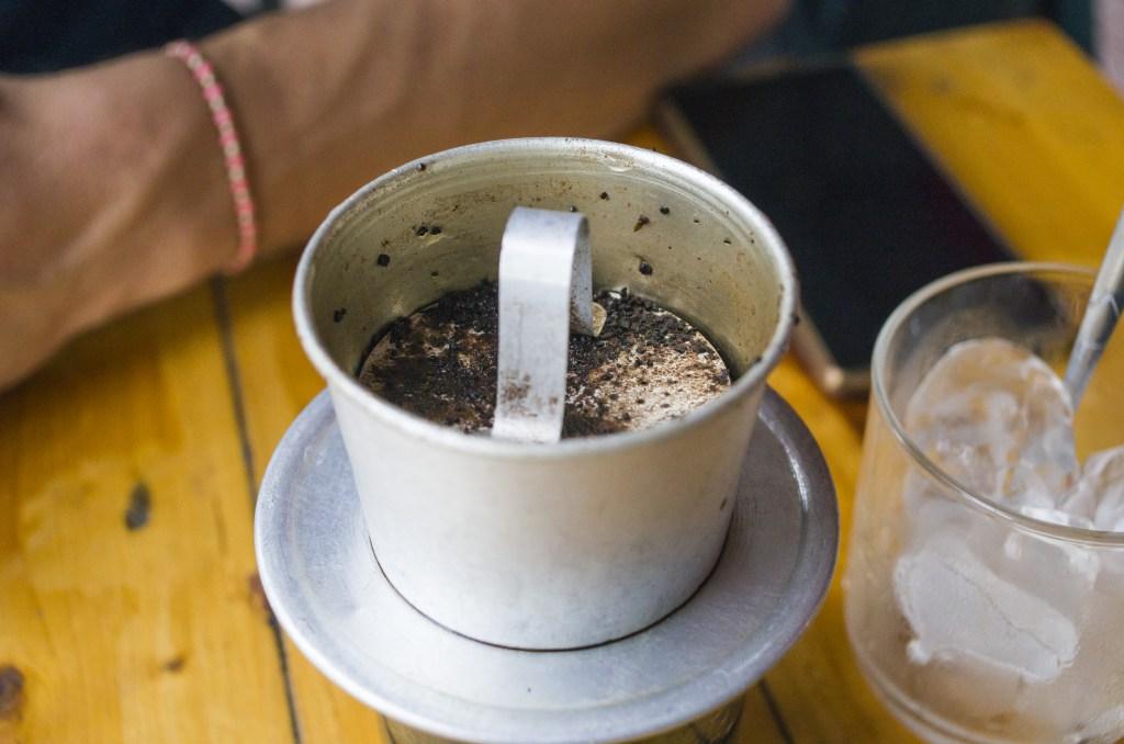 02 - 20170203.A-Cup-of-Joe-in-Vietnam_Resize-2.jpg