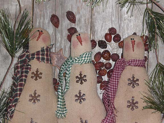 Primitive Christmas Snowmen
