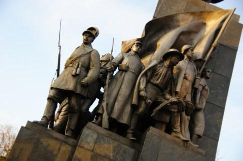 Najwybitniejszy ukraiński poeta wiedzie ludność na barykady.