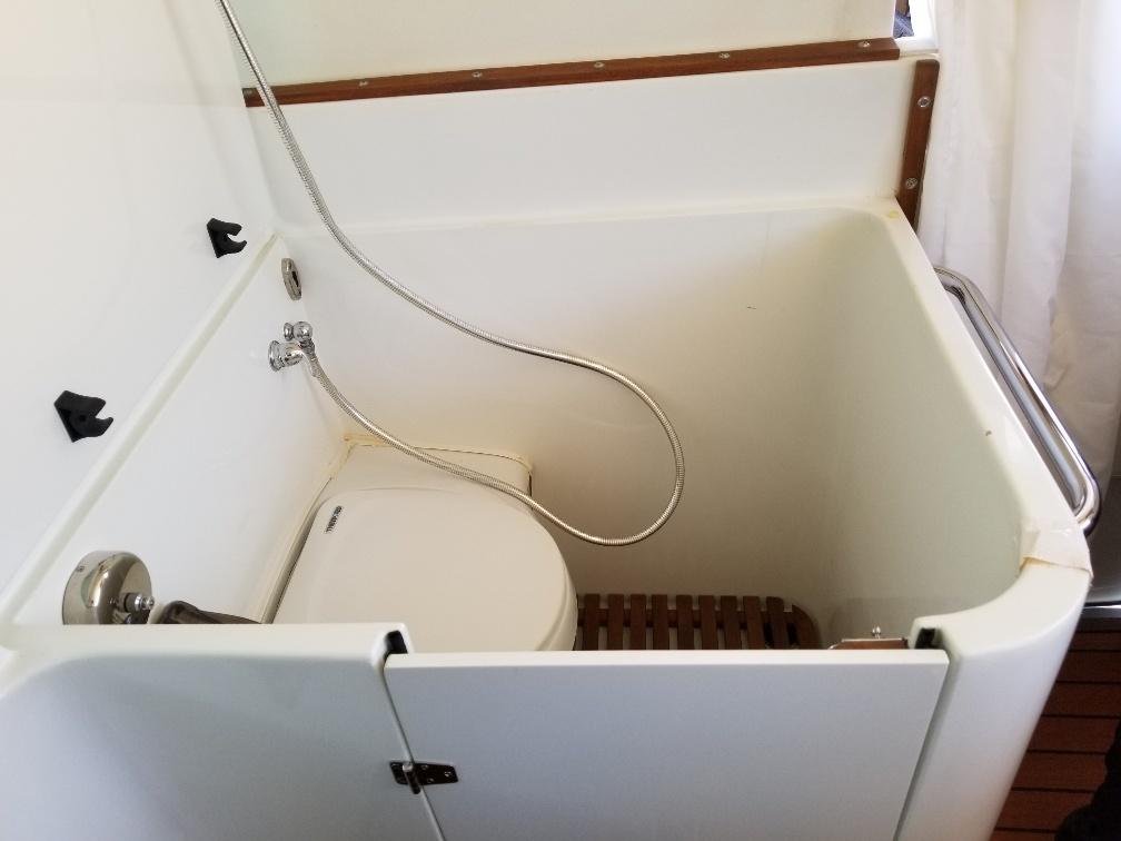 xpcamper bathroom