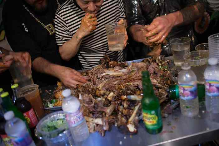 Pat Bertoletti, Bob Shoudt, Takeru Kobayashi, and Kenin LA Beast eat a 40-pound goat to beat the Cubs billy goat curse.