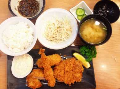 Katsu from Saboten at Siam Paragon. When faced with the option of having one meat or all the meats, I go for all the meats. Two kinds of pork, shrimp, and a croquette. Plus rice, cabbage, miso soup, and pickles...and ice cream...