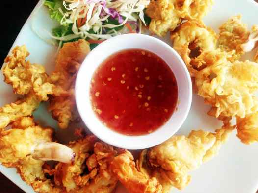 Calamari, while not technically Thai food, is a good snack to tide you over on a rainy day at the beach.