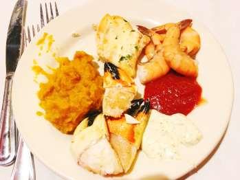Thanksgiving buffet - plate 3.