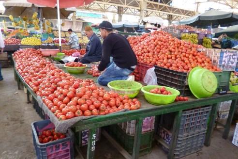 art populaire - marché - tomates