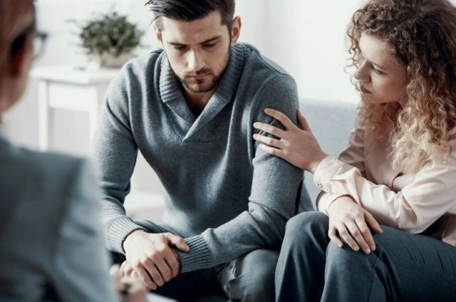8 Signs You Need Couples Therapy