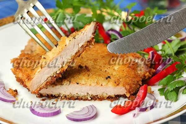 Шницель из свинины на сковороде – рецепт с фото