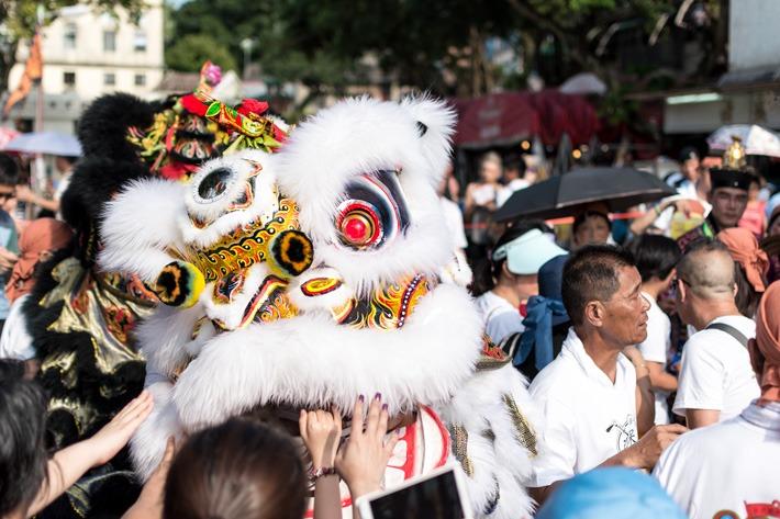 Bun Festeival Parade