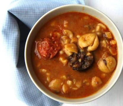 potaje de castanas con compango