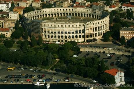 Koloseum z vody