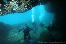 Chorvatsko potápění, jeskyňky Malý Frašker