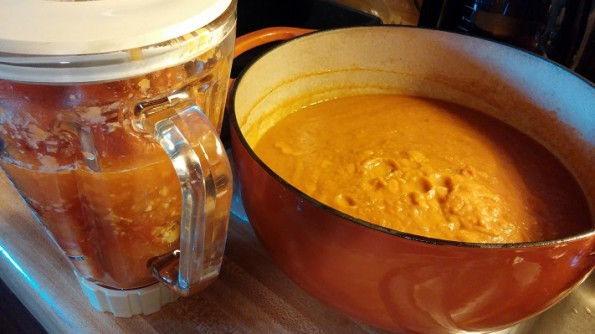Pureed tomatoes for soup