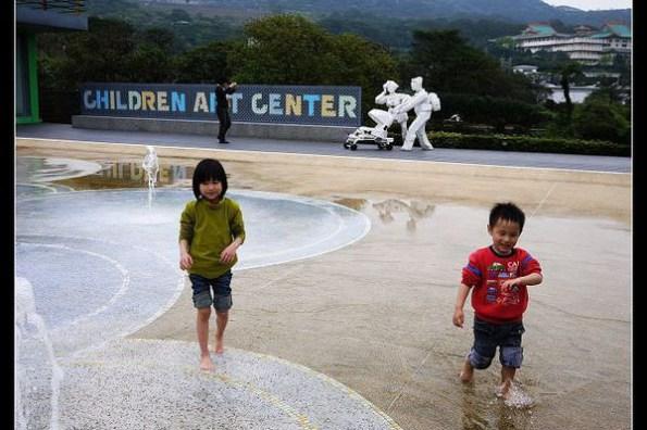 (台灣行腳) 台北 朱銘美術館 兒童藝術中心-叮呤咚隆集雨聲──雨鈴