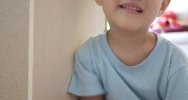 (生活紀錄)兩歲多的子鈞哭個不停