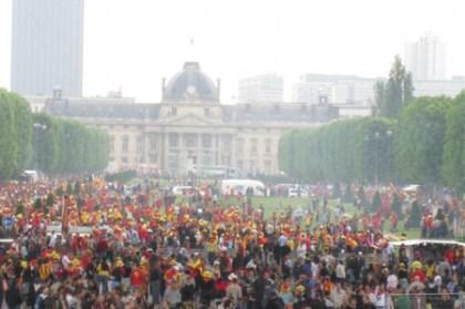 歐式橄欖球 瘋狂的球迷大集合