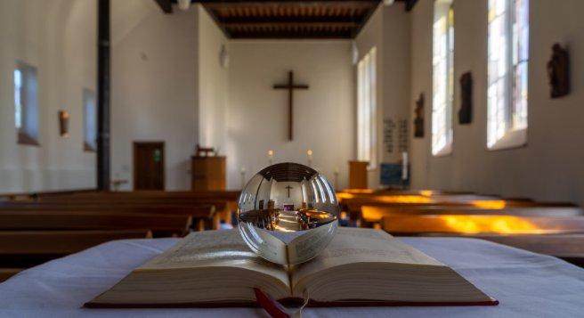 Kirche-Kugel2_20200415