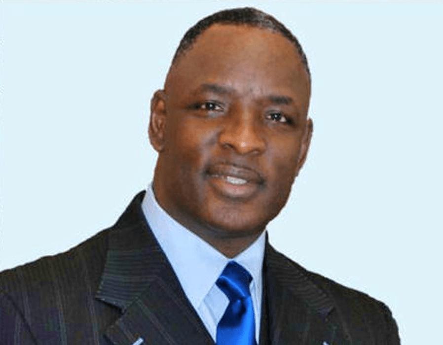 Le pasteur Larry Wright de « Heal the Land Outreach Ministries »