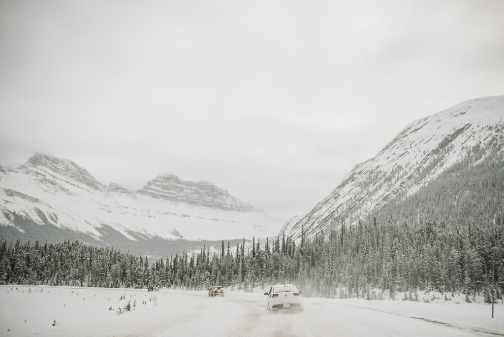Driving in winter along the icefields parkway.