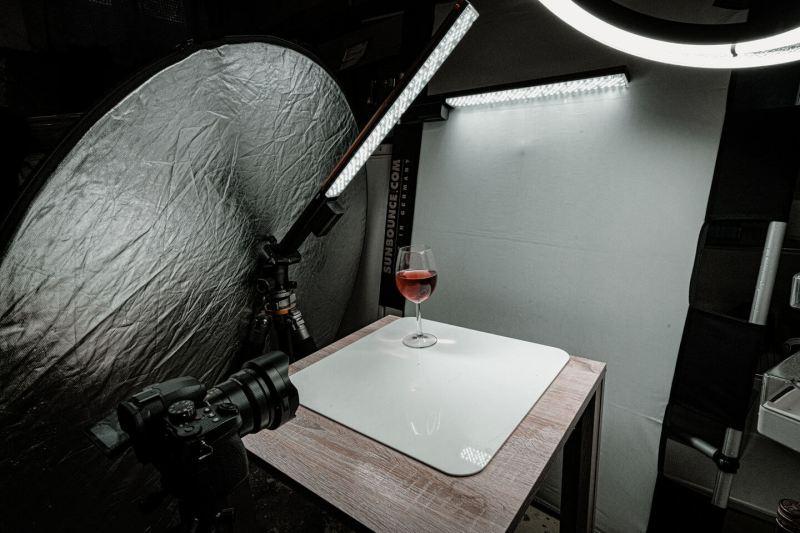 Setup - Das zerbrechende Weinglas