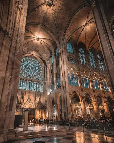 Chorraum der Kathedrale Notre-Dame in Paris