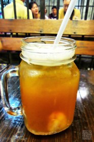 es teh leci (lychee ice tea)