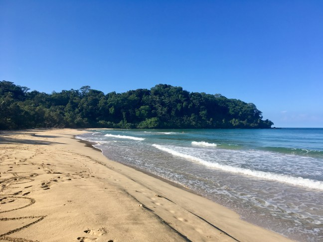 Picture of the sand and the sea at Wizard Beach on Bastimientos Island