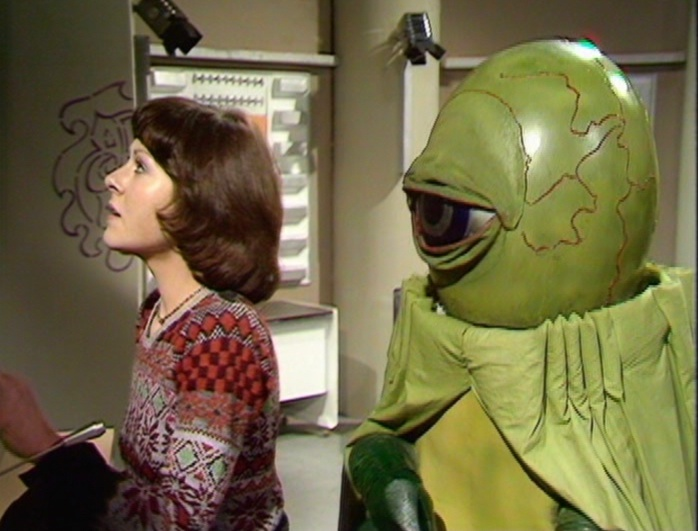Try not to look at the alien . . .