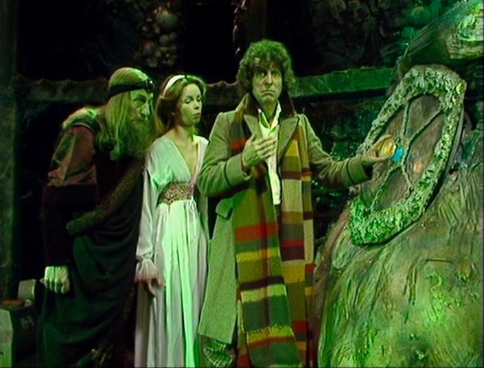 Organon, Romana, and the Doctor conversing with Erato