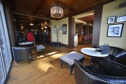 Eldorado-Lounge-interior