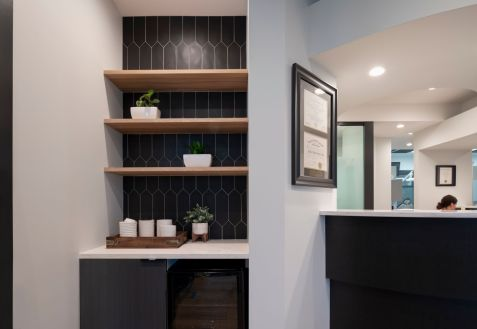 Honce-Dental-Coffee-Area-Front-Desk