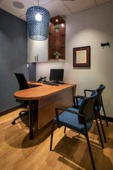 Lauras-office-web
