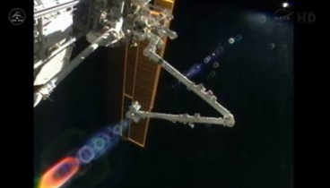 Chris first Operates Canadarm2