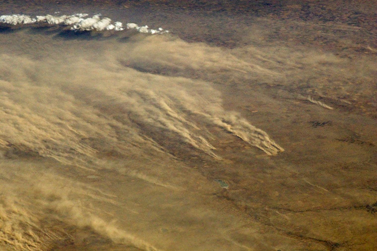 Sandstorm, northwestern USA