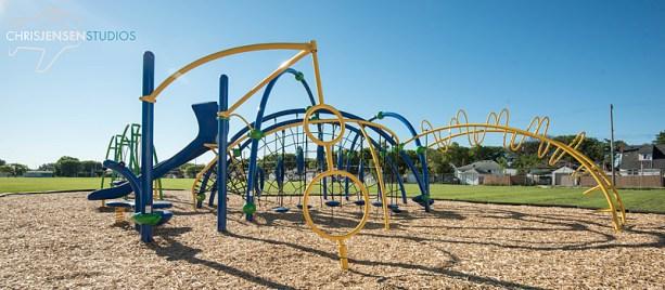 Playgrounds-R-Us-Chris_Jensen_Studios_Winnipeg_Wedding_photography (6)