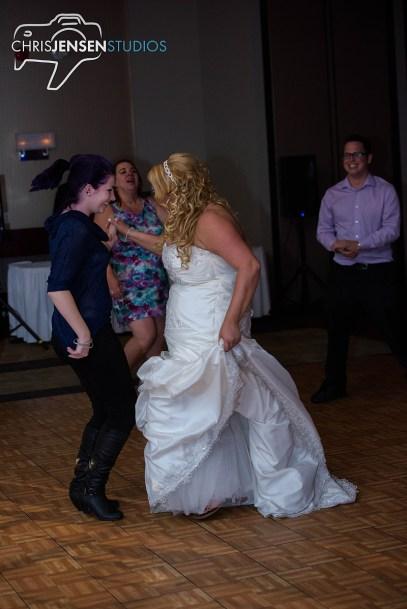 party-wedding-photos-259