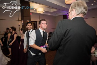 party-wedding-photos-chris-jensen-studios-winnipeg-wedding-photography-54