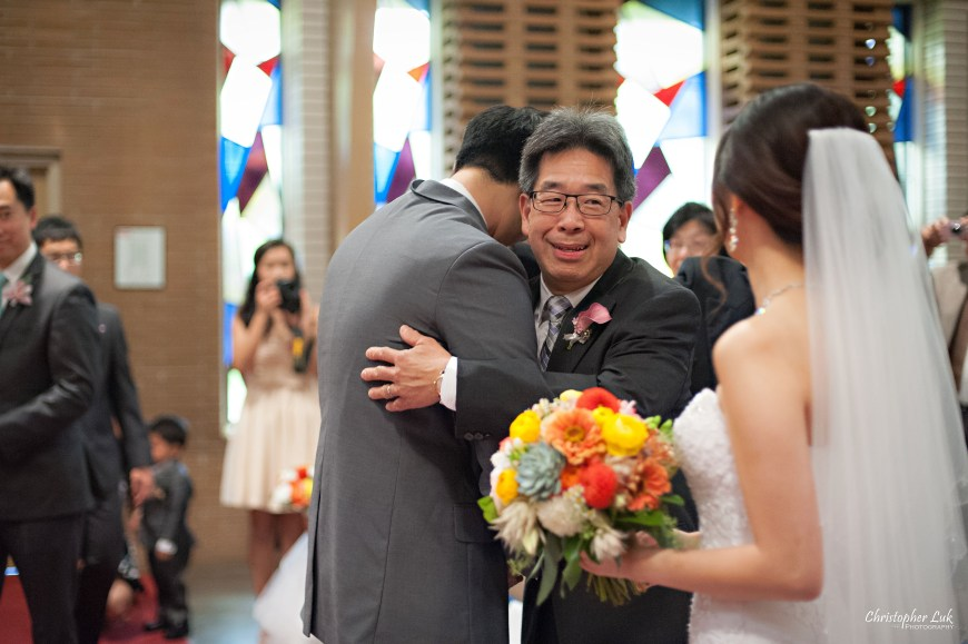 Christopher Luk 2014 - Heidi and Ming-Yun's Wedding - Courtyard Marriott Markham Thornhill Presbyterian Church Chinese Cuisine - Bride and Groom Ceremony Natural Candid Photojournalistic Father Hug Smile